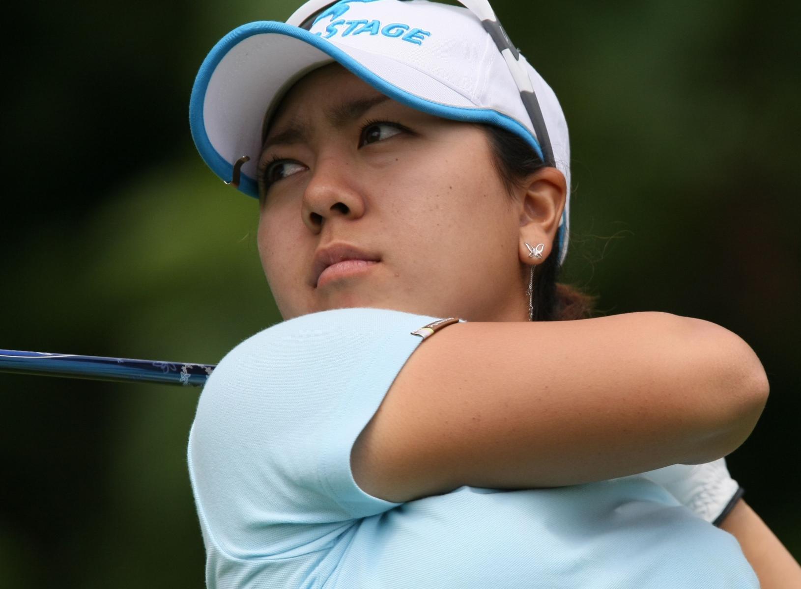 Klicke auf die Grafik für eine größere AnsichtName:Mika Miyazato_2009_LPGA_Championship.jpgHits:81Größe:126,3 KBID:2681